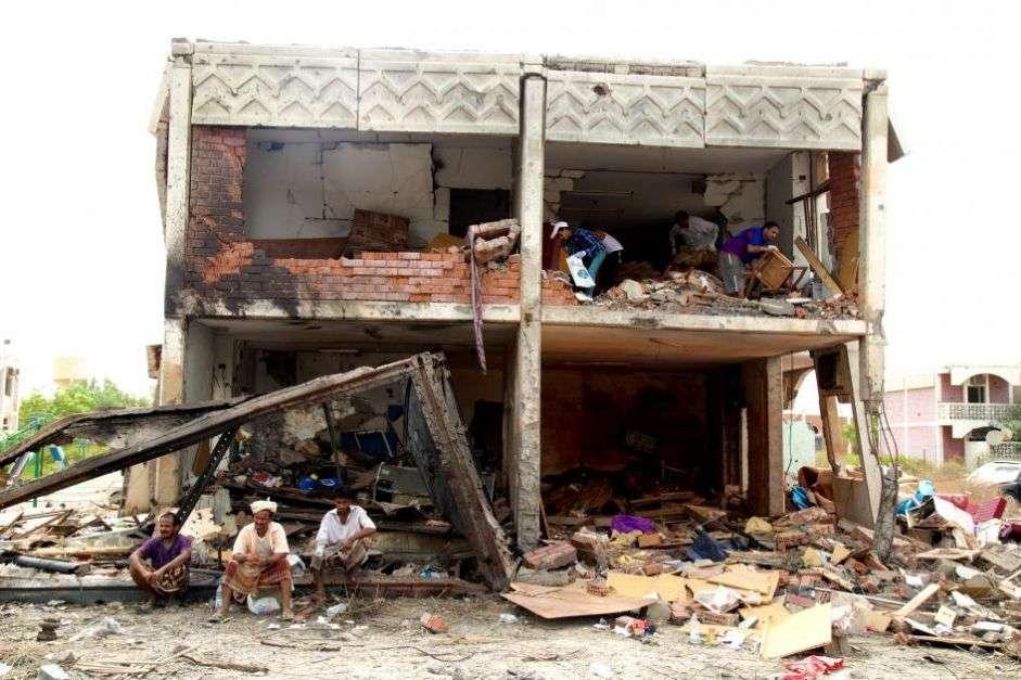 Yémen : La coalition n'a toujours pas enquêté sur des frappes aériennes illégales