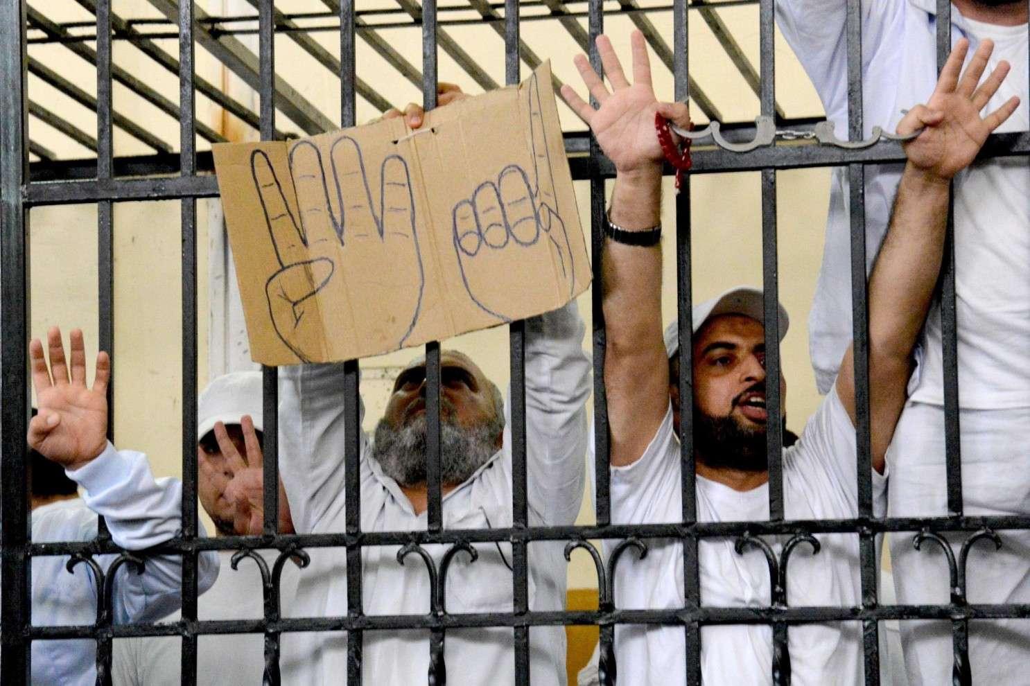 Egypte : après avoir été torturés, ils sont condamnés à mort
