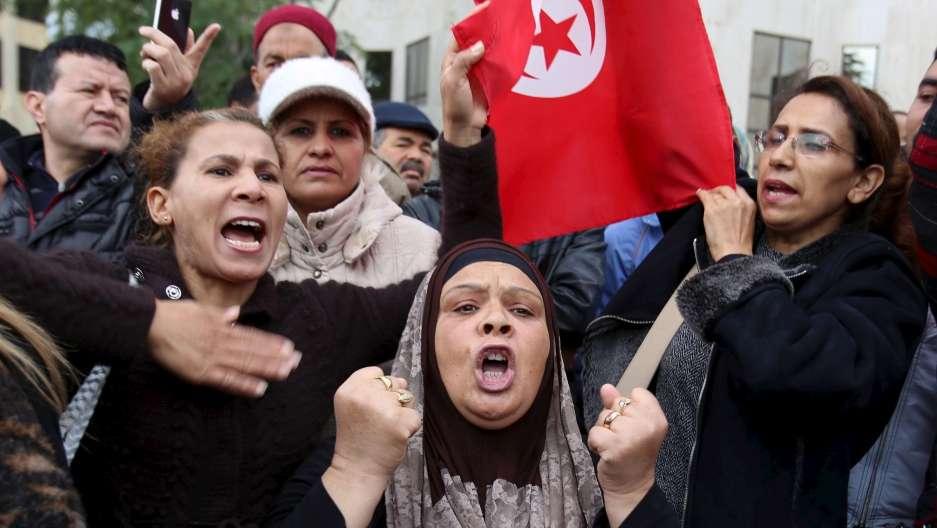 Tunisie: Les autorités doivent respecter le droit à la protestation pacifique et libérer les manifestants détenus