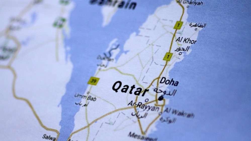 في تقرير جديد إثر مرور عام عليها: أزمة الخليج تهدد السلم المجتمعي وتجعل حقوقًا أساسية في مهب الريح