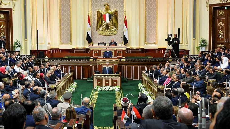 مصر: قانون تحصين ضبّاط الجيش يشرعن لسياسة الإفلات من العقاب