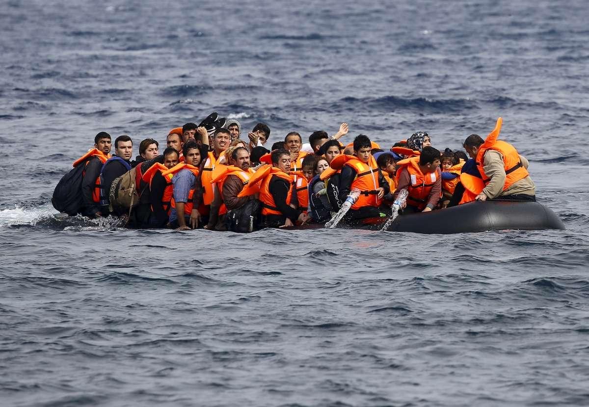 الأورومتوسطي يحذر من تأثير قرار تركيا وقف تسجيل طالبي اللجوء على تزايد الغرقى في المتوسط