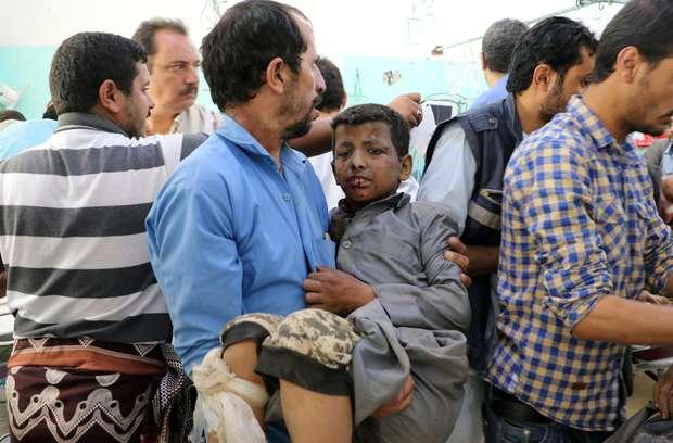 Yémen: L'attaque de la coalition menée par l'Arabie Saoudite contre des bus d'enfants fait preuve de mépris pour la vie humaine