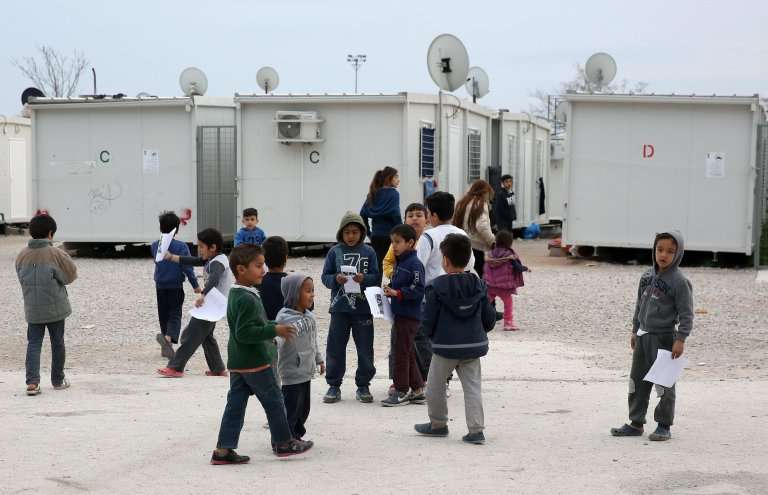 الأورومتوسطي يدعو الحكومة السويسرية لتحسين فرص حصول اللاجئين على التعليم وإدماجهم في المجتمع