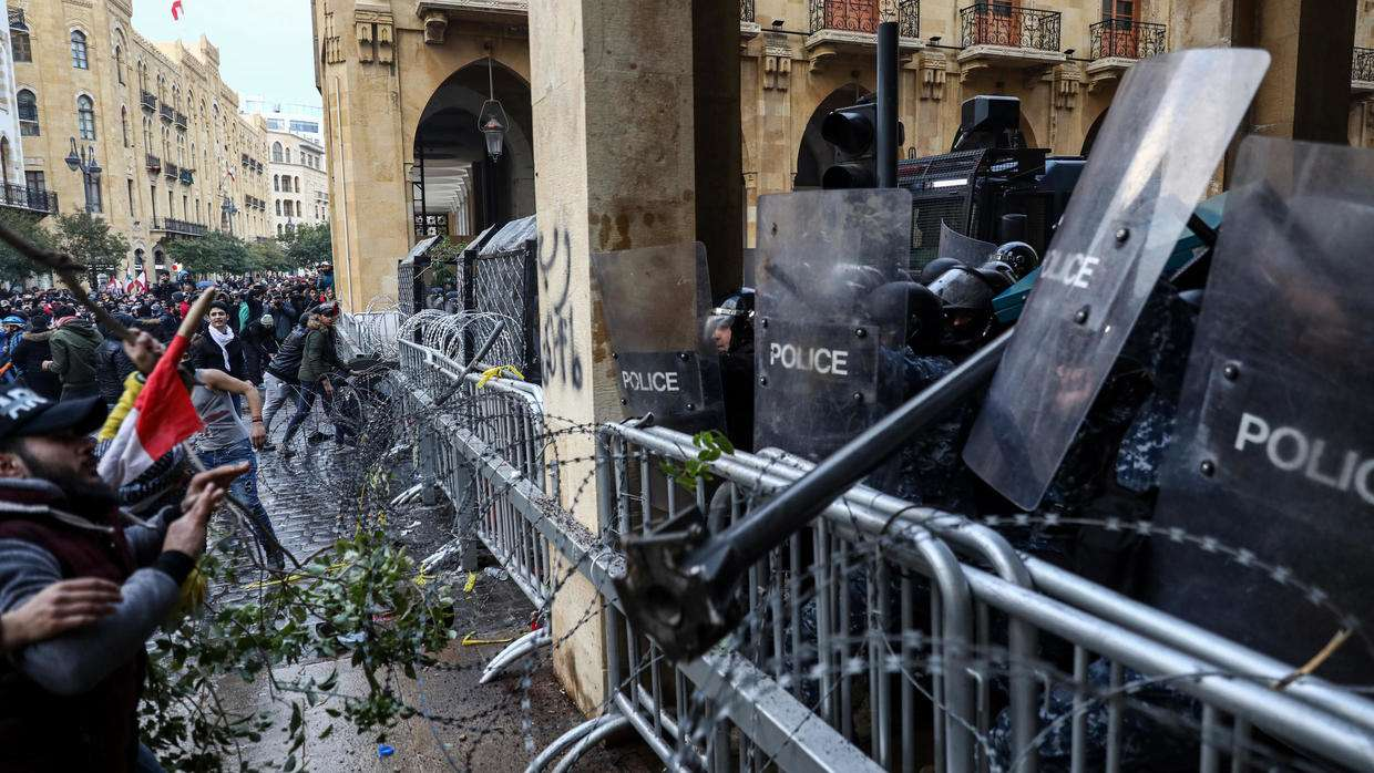 Security crackdown on protestors aggravates the Lebanese crisis