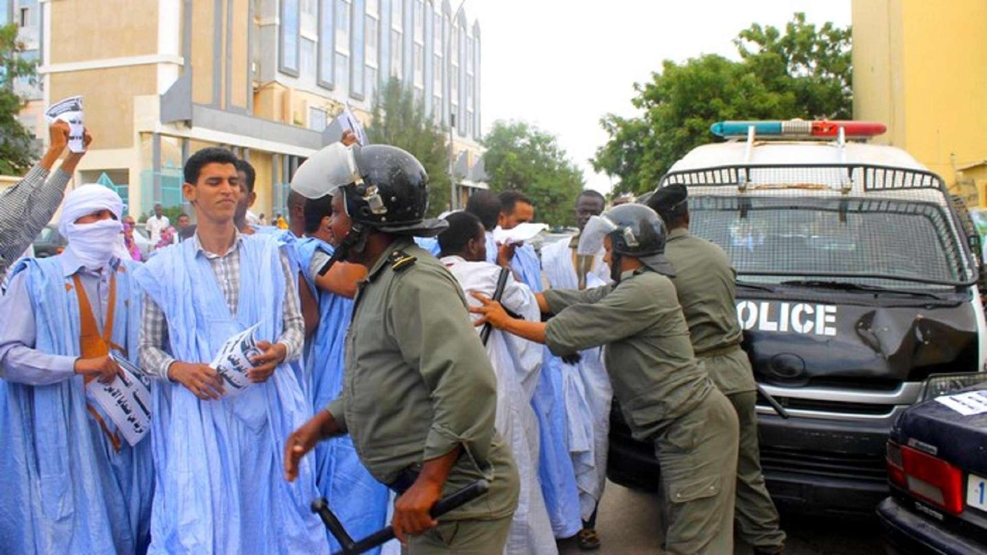 توجيه الانتقادات العلنية يجابه بالاعتقالات التعسفية في موريتانيا