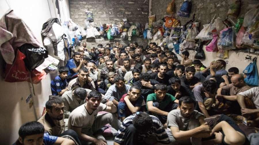 مخاوف من تفشي كورونا في السجون ودعوة لإطلاق سراح معتقلي الرأي في العالم العربي