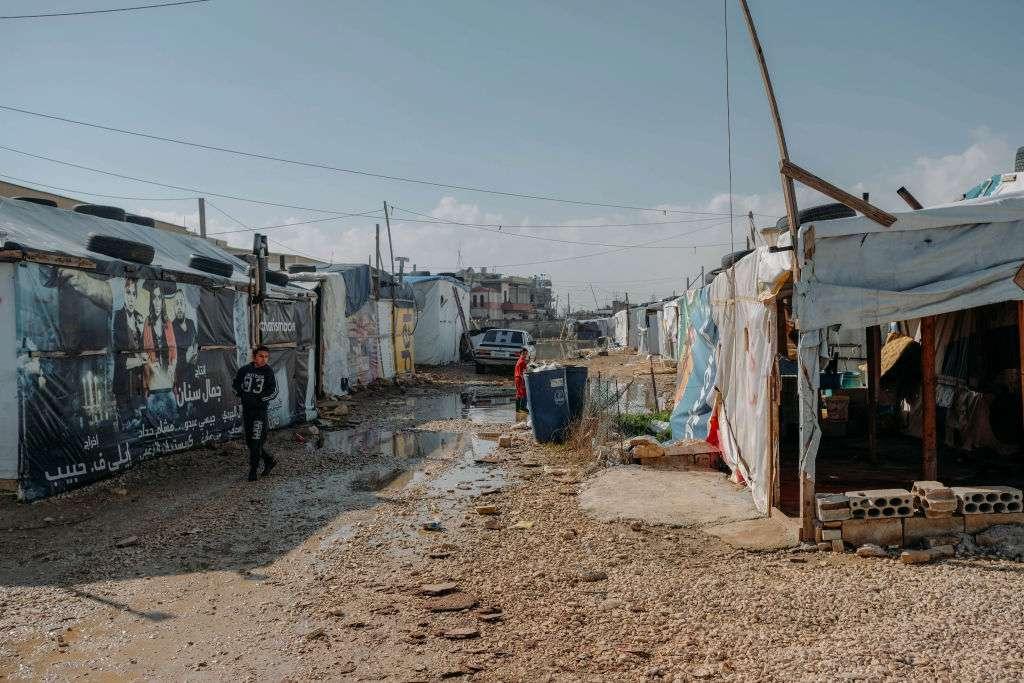 الأورومتوسطي يطالب لبنان بإلغاء قرار تعسفي بإزالة مخيم للاجئين السوريين