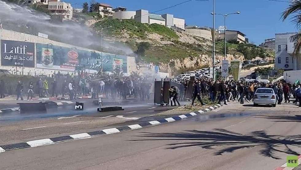 Répression de la police israélienne contre les manifestants d'Oum Al-Fahm donne le feu vert à la criminalité