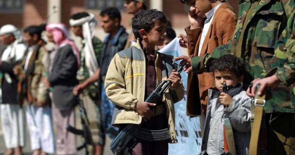 Nouveau rapport d'Euro-Med Monitor & SAM : Les Houthis ont recruté plus de 10 000 enfants au Yémen