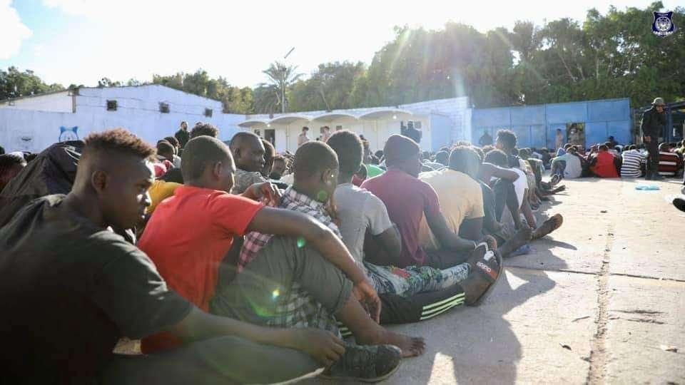 ليبيا.. قوات الأمن تقتل مهاجرًا وتحتجز 4,000 آخرين خلال يوم واحد