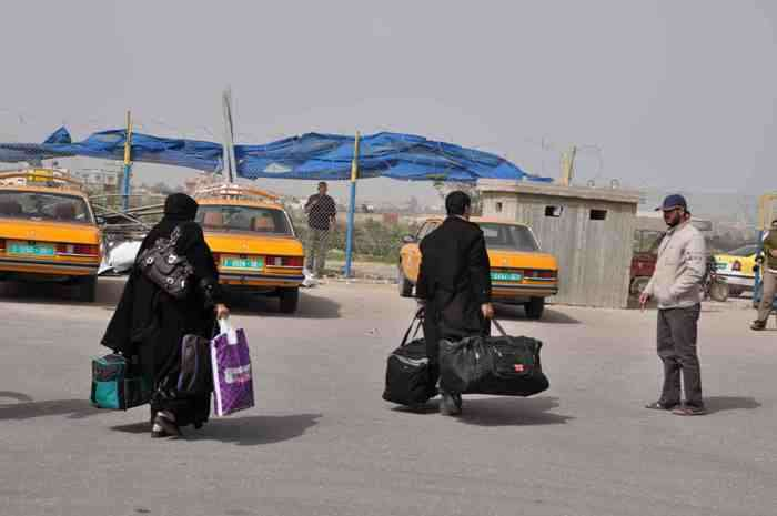 إسرائيل تمنع نحو 4000 مواطن في الضفة من السفر عام 2011