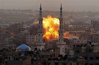 Rights Group: Israel Violated Laws of War in Gaza