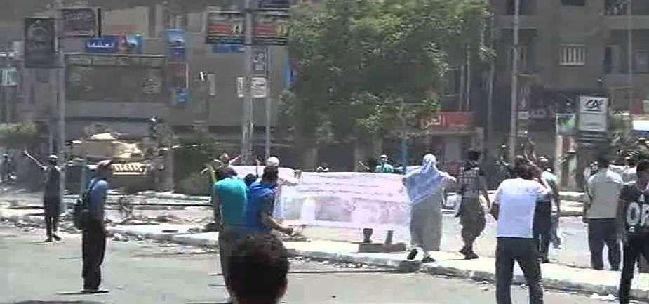 200 قتيل على الأقل في مصر الجمعة