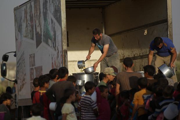 Selon les médecins, des aliments vendus à Alep contiennent des produits chimiques toxiques