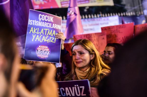 Turquie : un projet de loi visant à « protéger le mariage des enfants » suscite la controverse