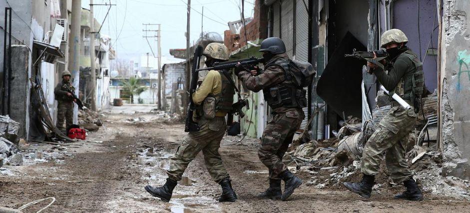 Des centaines de milliers de kurdes forcés de quitter leur maison