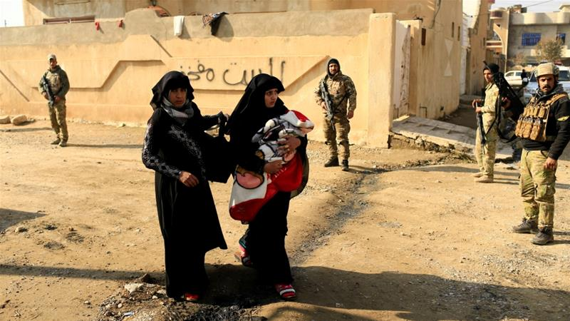 Thousands more Iraqis flee Mosul battles