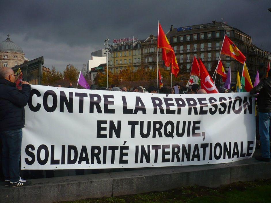 Entre terrorisme et répression gouvernementale, la société turque est menacée