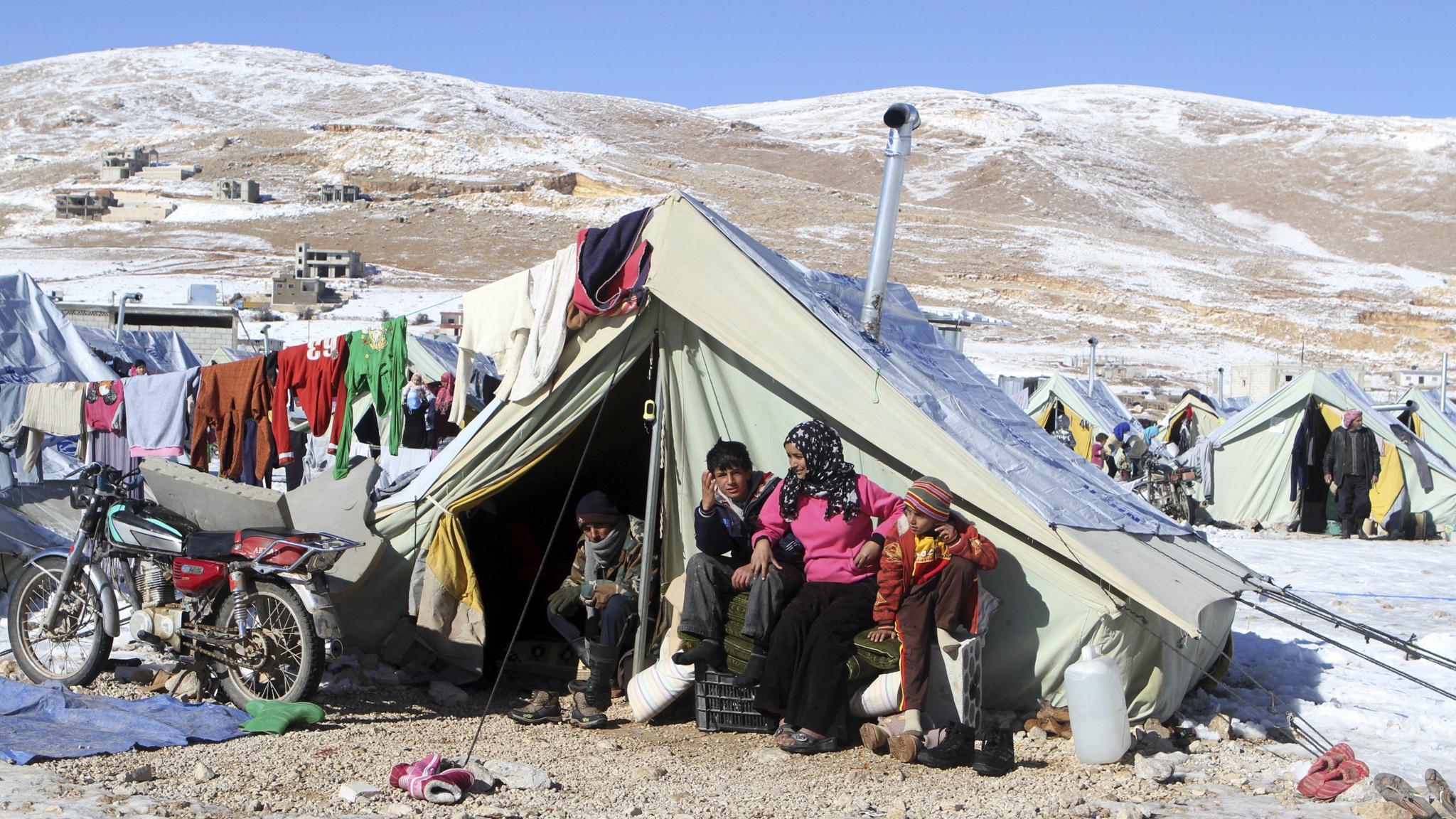 Syrian refugees suffering on Lebanese border
