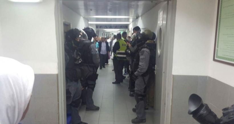 الدعوةلفتح تحقيق عاجل في اقتحام مستشفى فلسطيني