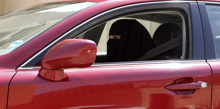 Saudi Arabia: Decision to lift ban on women drivers step forward