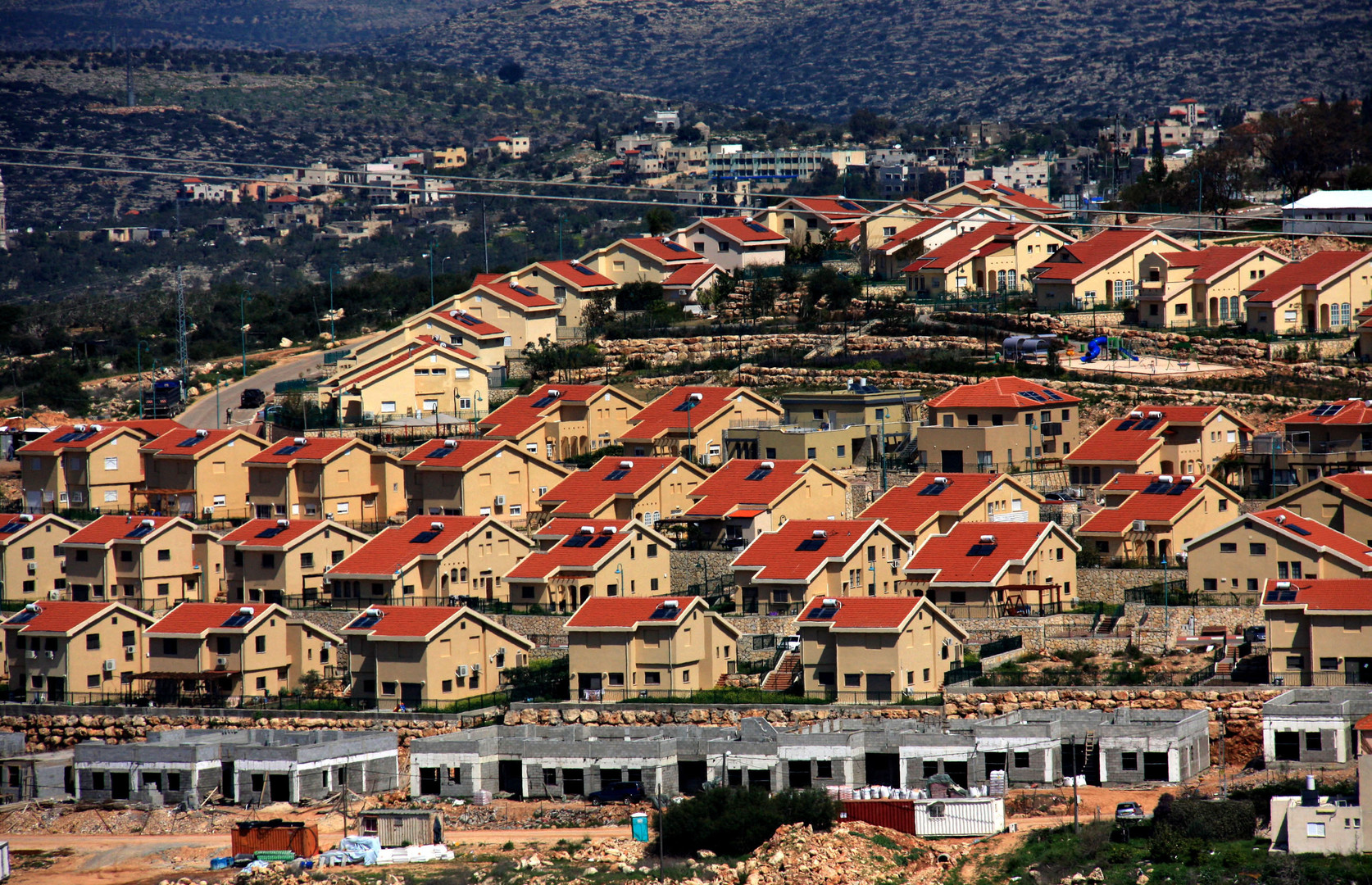 """Euro-Med Monitor urges UN to resist pressures against the publication of """"black list"""" of companies involved in supporting settlements"""