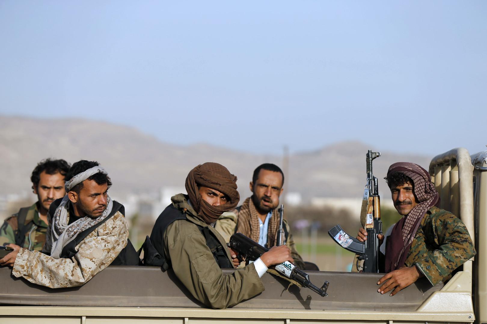 الأورومتوسطي يدعو للإفراج الفوري عن طالب فلسطيني محتجز لدى جماعة أنصار الله اليمنية
