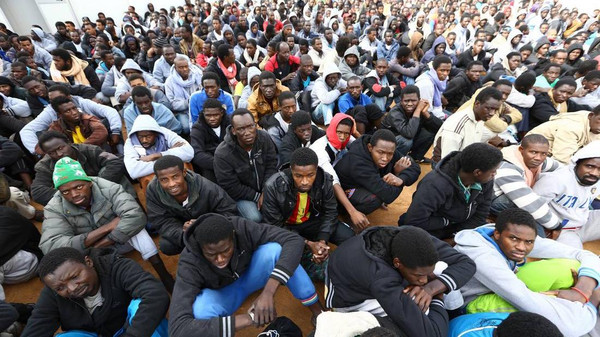 Euro-Med Monitor and IHLC reveal: African migrants face death following deportation, torture and targeting by military force in Libya and Algeria