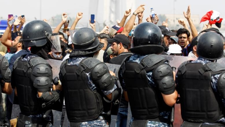 Euro-Med Monitor : Iraqi Journalists and bloggers targeted and harassed over coverage of protests against corruption