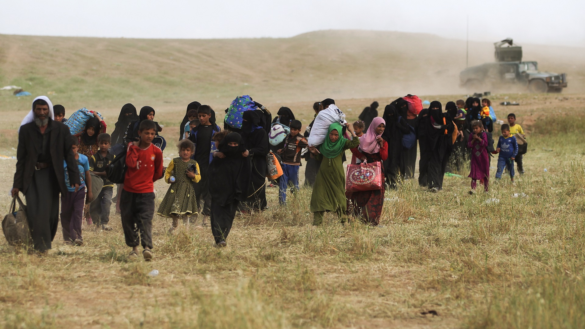 Iraqi government abruptly kicks people out of their lands and illegally takes over them