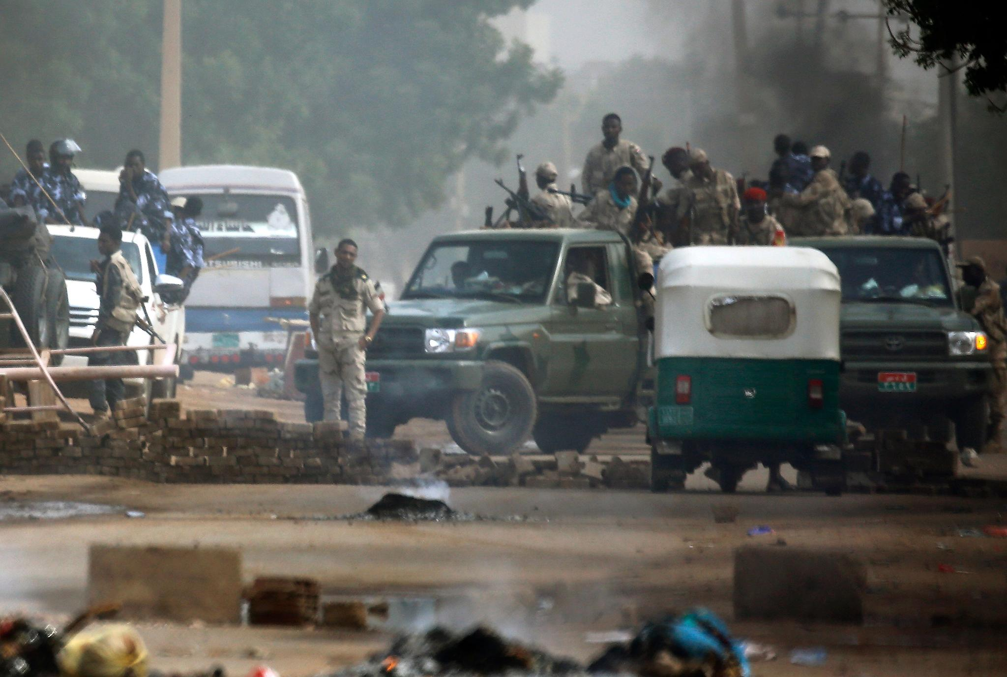 Sudan: Peaceful demonstrators under authorities' systematic targeting