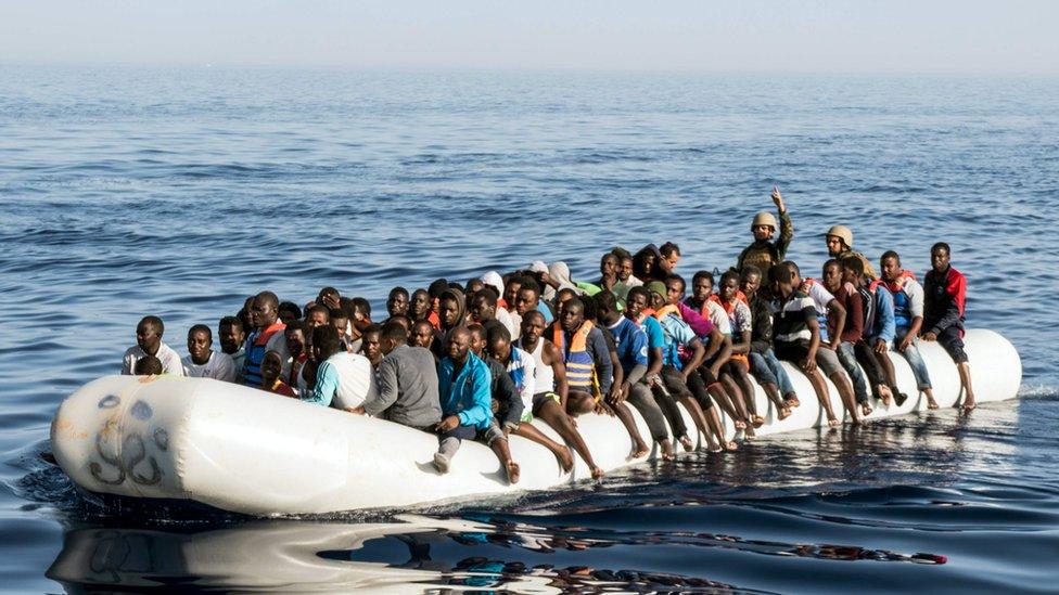 المرصد الأورومتوسطي يرحّب بقرار محكمة روما حول عدم شرعية إعادة المهاجرين وطالبي اللجوء
