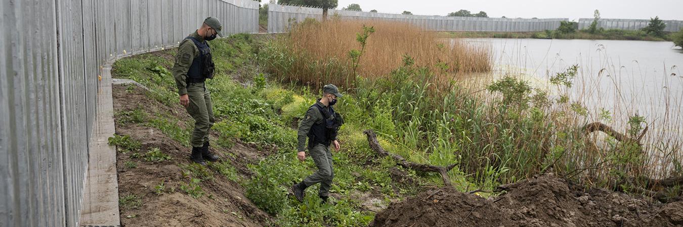 الأورومتوسطي يستنكر استخدام الاتحاد الأوروبي تقنيات خطيرة لصد طالبي اللجوء