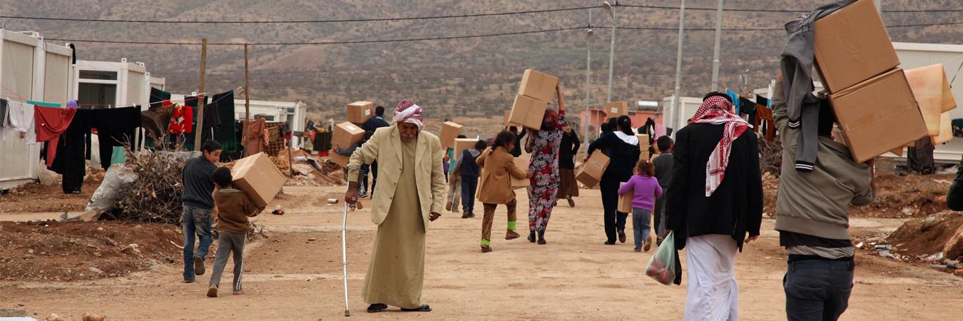 تقرير للأورومتوسطي: السلطات العراقية تعيد نازحين قسرًا رغم المخاطر الأمنية وبطء وتيرة الإعمار