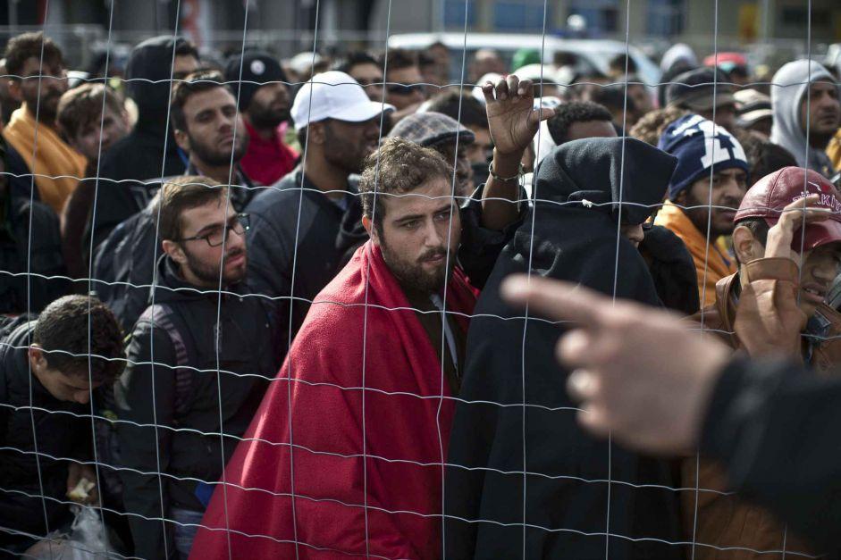 Réfugiés en Hongrie : l'UE va-t-elle enfin se décider à intervenir ?